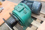 Двигатель с редуктором скипа бетоносмесителя JS500 Волгоград